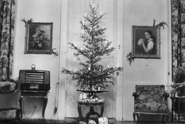 bb374fdfad Újabb olvasói levelet adunk közre: ismét egy nagypapa mesél, ezúttal a  háborús karácsonyokról, a nélkülözés ellenére a meghitt családi ünnepekről  – a ...